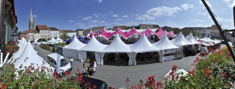 Place du festival off à Marcia